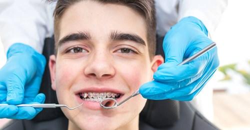Entre los propósitos de este año que no se te olvide la salud oral